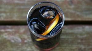 Pesquisa liga bebidas diet a maior risco de depressão (Foto: BBC)