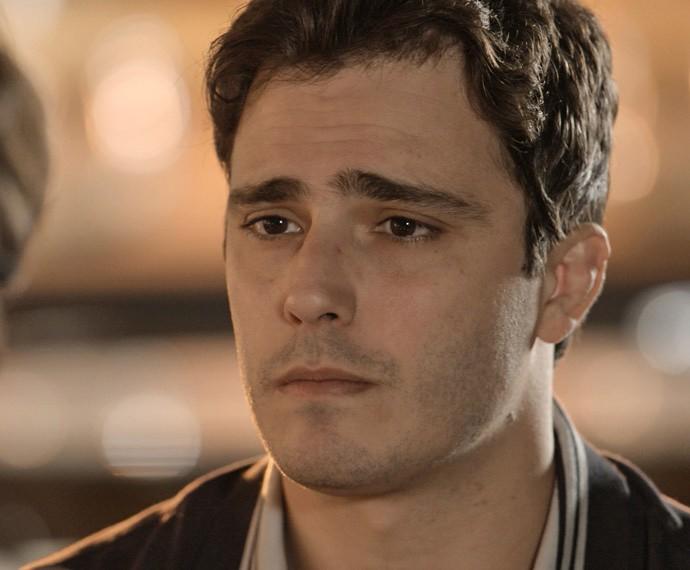 Luís fica claramente arrasado durante conversa (Foto: TV Globo)