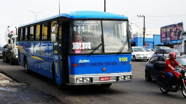 STTU liberou ônibus fretados, o que salvou muita gente  (Foto: Wendell Jefferson)