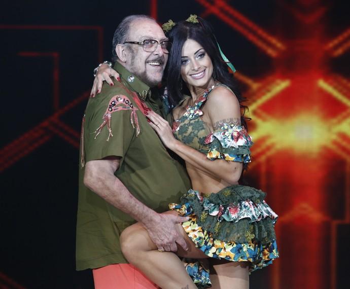 Miele e Aline Riscado no forró do Dança dos Famosos (Foto: Fábio Rocha / Gshow)