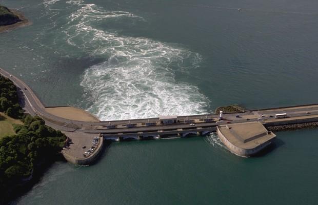 Usina de La Rance utiliza oscilação das marés (Foto: Divulgação)