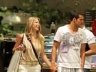 De férias, Susana Werner e Júlio César passeiam em shopping carioca