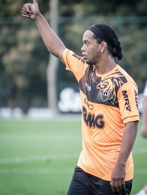 Ronaldinho Gaúcho, Atlético-MG, treino, Cidade do Galo (Foto: Bruno Cantini / Site Oficial do Atlético-MG)
