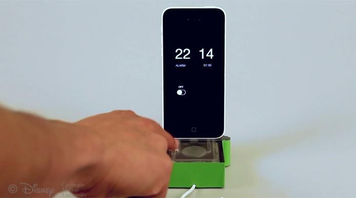 Disney pretende criar acessórios que permitam ao usuário controlar o celular a partir do som (Foto: Divulgação/Disney Research)