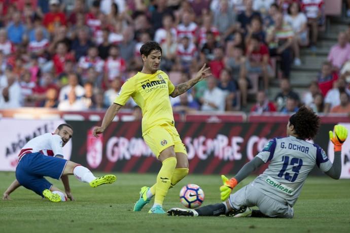 Alexandre Pato, Granada x Villarreal (Foto: JORGE GUERRERO / AFP)