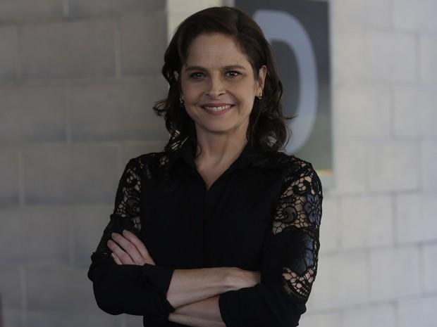 Drica Moraes volta às novelas para viver Carolina (Foto: Artur Meninea/ Gshow)