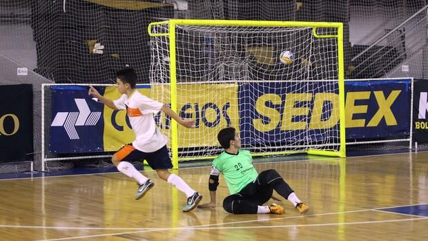 Colégio Alice Coutinho, da Paraíba, perde e fica de fora da final da Taça Brasil de Futsal Sub-15 (Foto: Divulgação / CBFS)