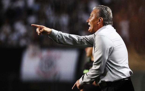 Tite Corinthians x Tijuana (Foto: Marcos Ribolli / Globoesporte.com)