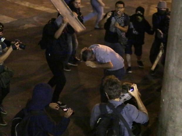 Coronel é agredido em SP (Foto:  Iacio Teixeira/Coperphoto/Estadão Conteúdo)