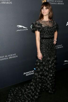 Felicity Jones em premiação em Los Angeles, nos Estados Unidos (Foto: Frederick M. Brown/ Getty Images/ AFP)