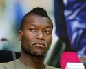 Lembra dele? Cissé anuncia que vai pendurar as chuteiras... pela 2ª vez