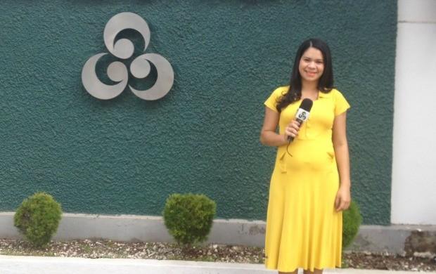 Repórte Cleia Andrade está gravida de Fernanda aos 7 meses (Foto: Jorge Abreu/Rede Amazônica AP)