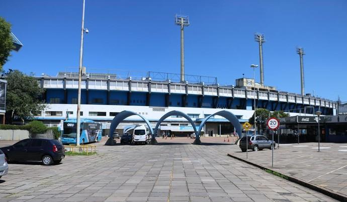 Pórtico de entrada do Estádio Olímpico (Foto: Eduardo Deconto/GloboEsporte.com)