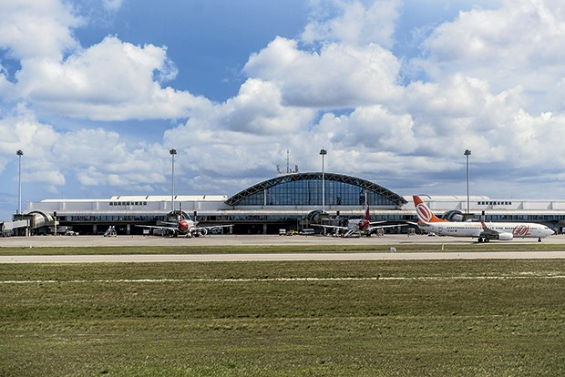 Aeroporto Pinto Martins terá cinco novos voos semanais para  Amsterdã e Paris (Foto: AFP)
