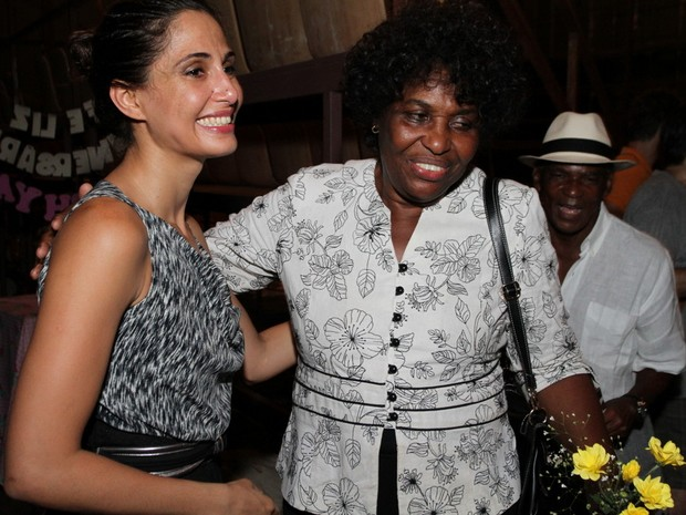 Camila Pitanga e Benedita da Silva em estreia de peça no Rio (Foto: Anderson Borde/ Ag. News)