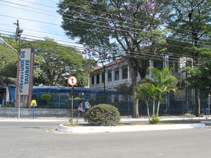 prefeitura taubaté (Foto: Caroline Hasselmann/G1)