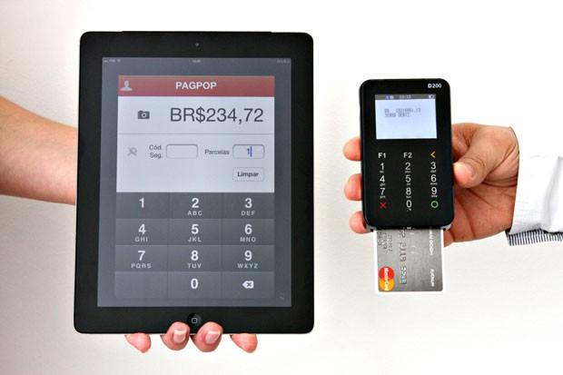 Aparelho da startup Pagpop, que permite pagamentos móveis via smartphones e tablets para micro e pequenos empresários.