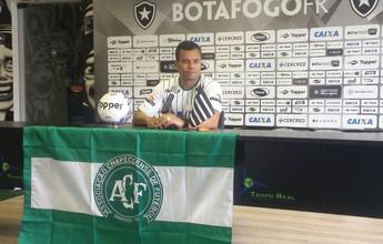 """Jair Ventura confirma interesse do Botafogo em Montillo: """"Vai nos ajudar"""""""