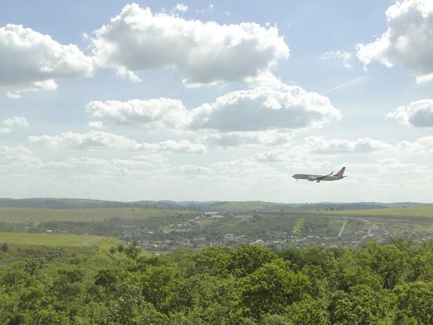 Segundo a Prefeitura de Confins, 67% da área do aeroporto está em Confins; o restante está situado na vizinha Lagoa Santa (Foto: Raquel Freitas/G1)