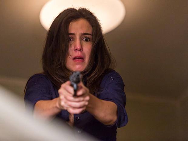 Cora se desespera ao matar Reginaldo (Foto: Artur Meninea/ Gshow)