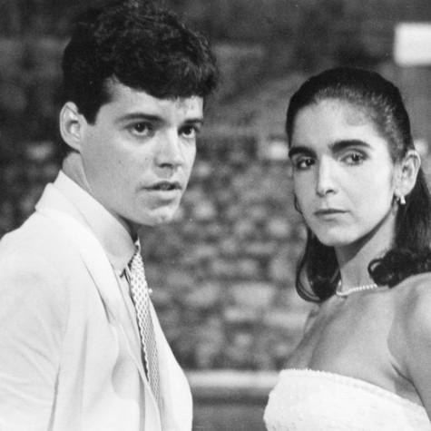 Felipe Camargo e Malu Mader em cena de 'Anos dourados' (Foto: Reprodução)