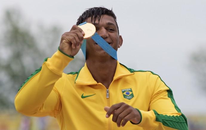 Isaquias Queiroz ganha segundo ouro no Pan de Toronto (Foto: Aaron Lynett/The Canadian Press via AP)
