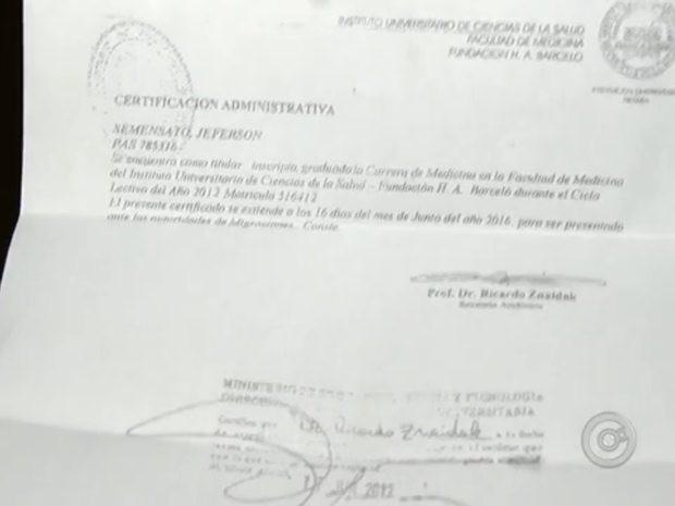 Homem apresentou comprovante de matrícula em faculdade da Argentina (Foto: Reprodução/TV TEM)