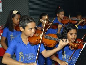 Orquestra Criança Cidadã Meninos do Ipojuca faz concerto especial pelo primeiro aniversário (Foto: Divulgação / Prefeitura do Ipojuca)
