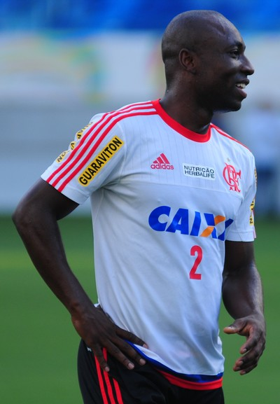Treino Flamengo - lateral Armero - Arena das Dunas - Natal-RN (Foto: Alexandre Lago/GloboEsporte.com)