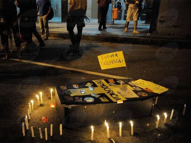Manifestantes fazem protesto contra redução da maioridade penal (Foto: Fernando Frazão/G1)
