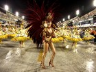Segundo internautas, Bárbara Evans foi a musa que mais brilhou em desfile
