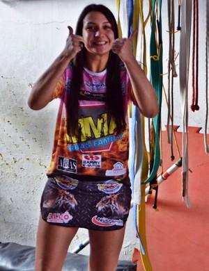 Após vitória, Amanda retomou rotina de treinos em Varginha (MG) (Foto: Régis Melo)