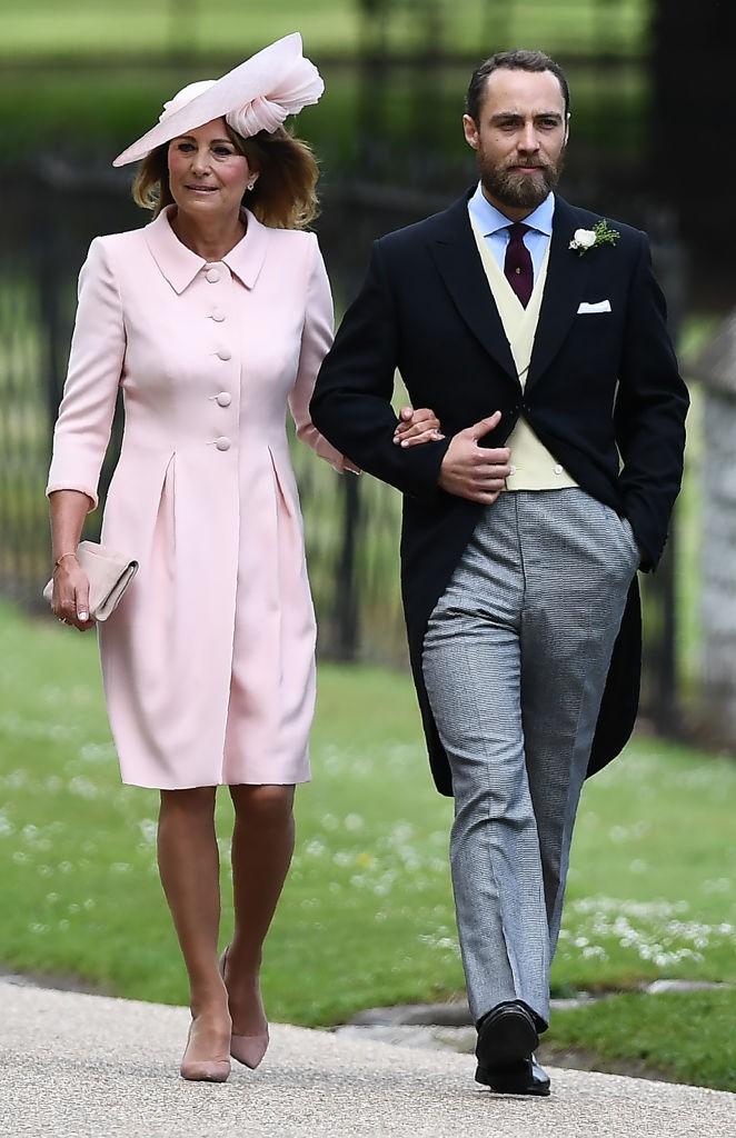 Carole Middleton e James, mãe e irmão de Pippa (Foto: Getty Images)