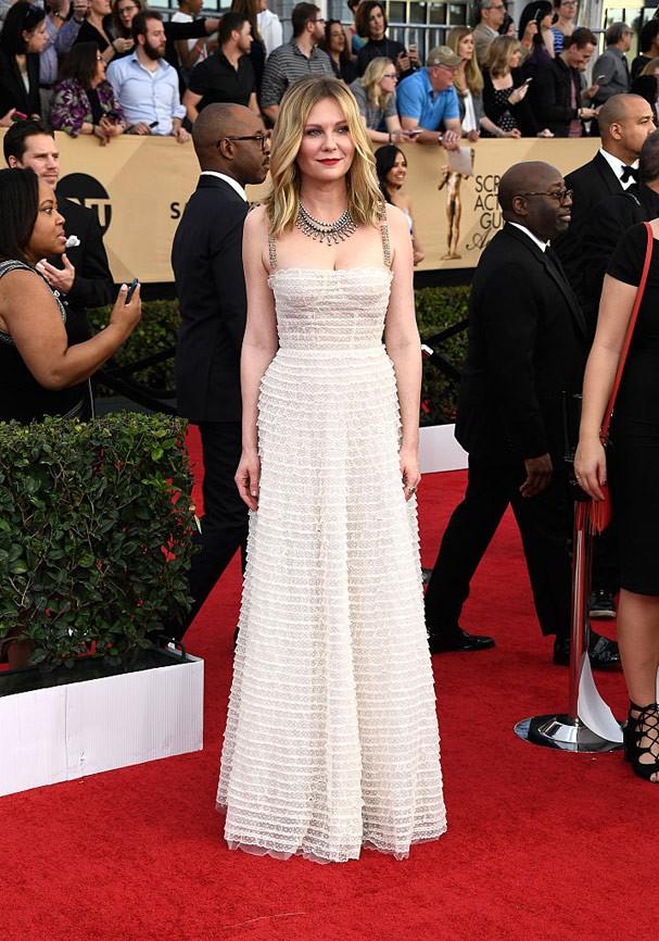 Kirsten Dunst de Dior (Foto: Frazer Harrison/Getty Images)