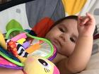 Hugo Moura posta foto fofa da filha com Deborah Secco, Maria Flor