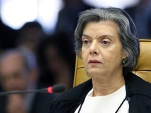 Ministra Carmen Lúcia durante sessão que julga Ação Penal 470 (Foto: Nelson Jr./SCO/STF)