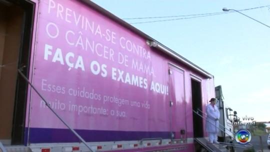 Carreta oferece exames gratuitos de prevenção ao câncer de mama