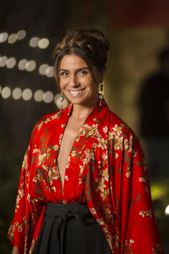 Dos mais típicos aos estilizados, Alice usa e abusa dos quimonos (Foto: Globo / Mauricio Fidalgo)