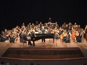 Orquestras Ensemble Instrumental du Conservatoire da Guiana Francesa e Essência de Macapá (Foto: Gabriel Dias/G1)