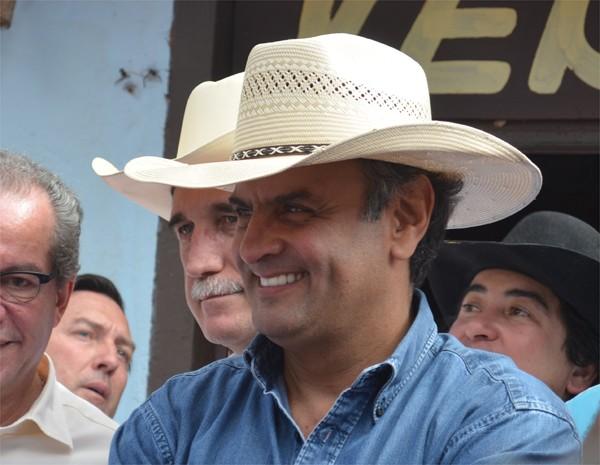 Em Barretos, senador Aécio Neves negou canditatura à presidência do país (Foto: Alfredo Risk/G1)