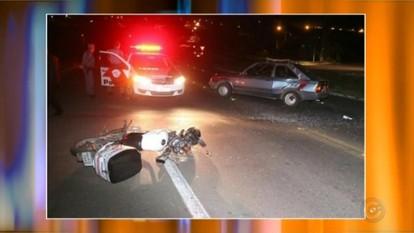 Motociclista morre após bater na lateral de carro em Lins