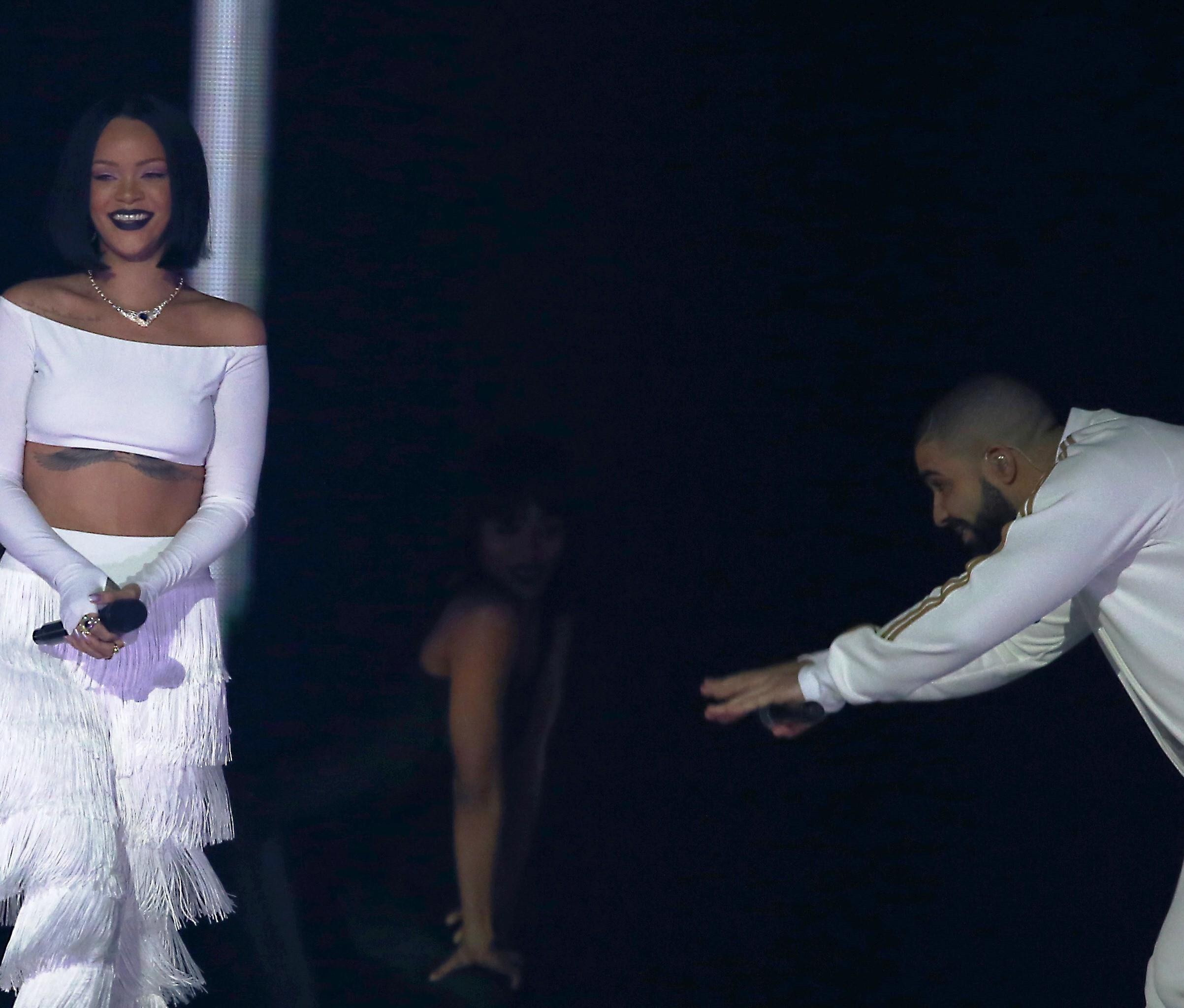 Drake lana novo lbum com mais uma participao de Rihanna (Foto: AP)
