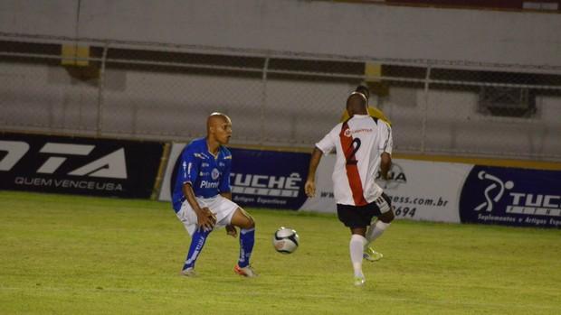 Confiança e River Plate se enfrentam no Batistão (Foto: João Áquila/GLOBOESPORTE.COM)