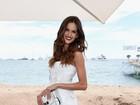Izabel Goulart e Kendall Jenner deixam as pernas à mostra em Cannes