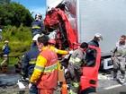 Motorista morre ao bater na traseira de caminhão parado na BR-376