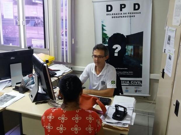 Ao procurar pelos filhos 'desaparecidos' descobrem que eles estão presos no Espírito Santo (Foto: Juirana Nobres/G1)