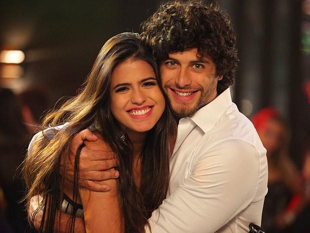 Antonia Morais e Jesus Luz: uma  bela dupla de estreantes (Foto: Guerra dos Sexos / TV Globo)