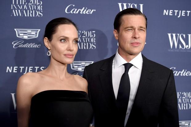 Angelina Jolie e Brad Pitt em premiação em Nova York, nos Estados Unidos (Foto: Dimitrios Kambouris/ Getty Images/ AFP)