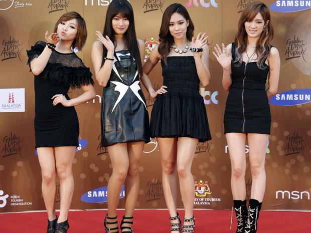 O quarteto feminino coreano miss A em premiação musical na Malásia nesta quarta-feira (16) (Foto: Reuters/Bazuki Muhammad)