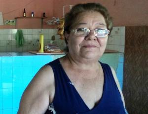 Carmem Gonçalves sonha em ir a Manaus pela rodovia (Foto: Alessandra Curado/G1)